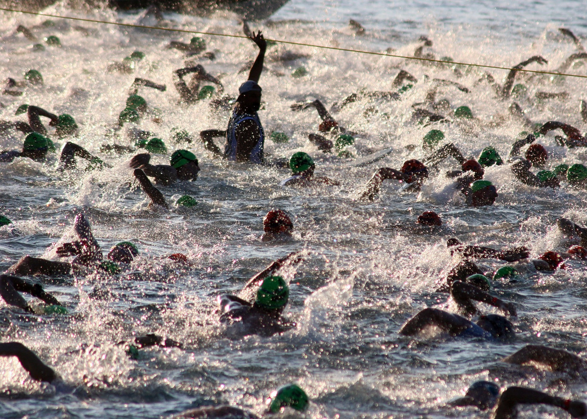 triathalon-swim-618742_1920.jpg